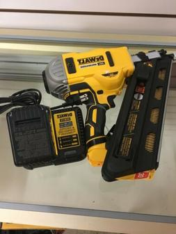 DEWALT - DCN692 - NAIL GUN New w/ Battery and Charger
